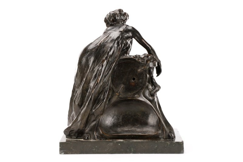 Art Nouveau Bronze and Onyx Mantle Clock, Signed - 3