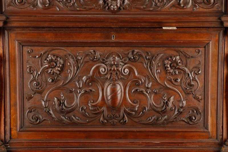 Highly Carved and Stained Oak Drop Front Bar - 4