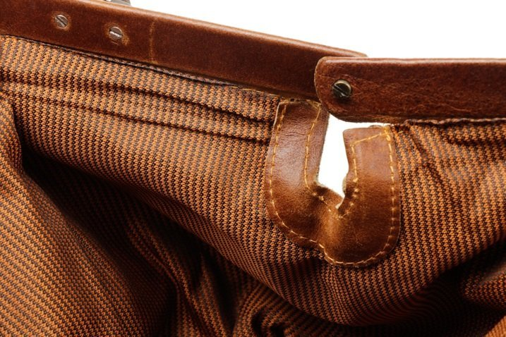 Large Brown Bison Leather Duffel Bag - 6