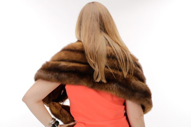 Switzer's Fur Vintage Brown Mink Stole or Wrap - 4