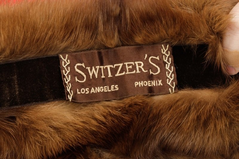 Switzer's Fur Vintage Brown Mink Stole or Wrap - 5