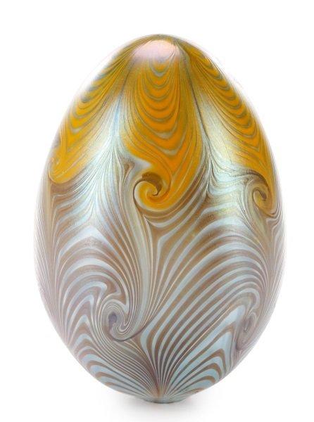 Vandermark Art Glass Pulled Feather Egg, 1974