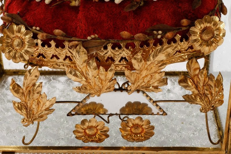 French Globe de Mariee Vitrine Bridal Keepsake - 3