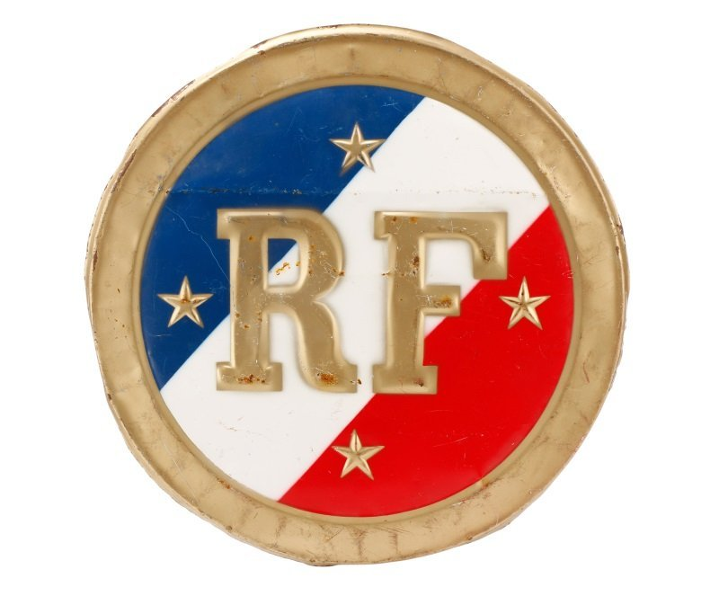 """""""Republic de France"""" Round Metal Medallion"""