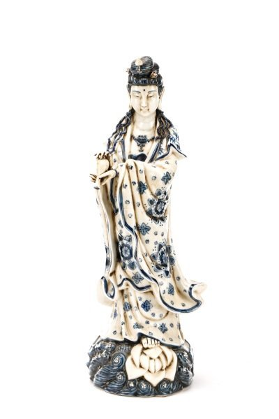 19th C. Chinese Export Porcelain Figure of Quanyin