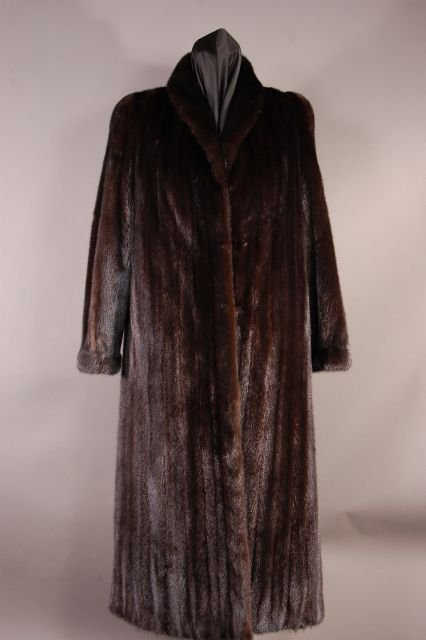 Classically Designed Beautiful Ranch Mink Coat. Size