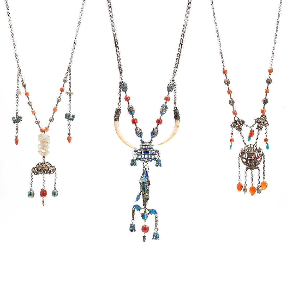 (3) Chinese necklaces