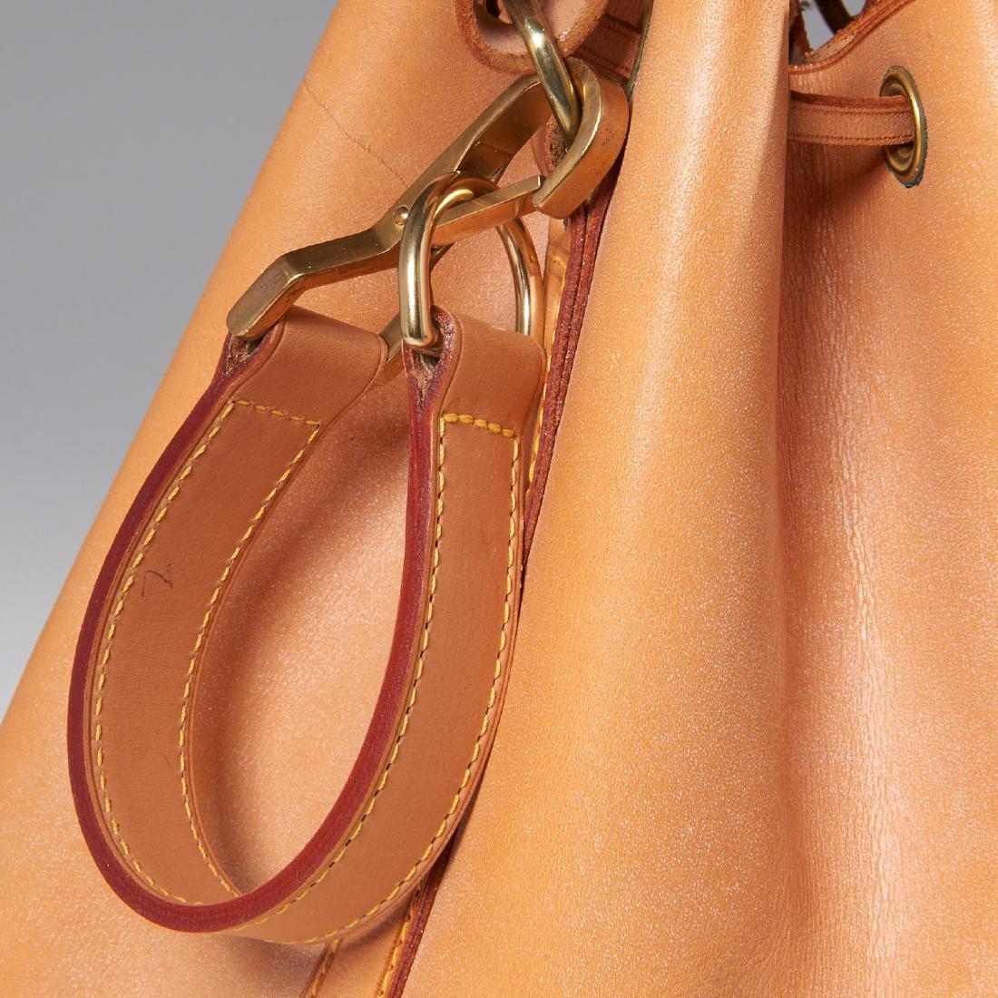 Louis Vuitton all leather drawstring handbag - 3
