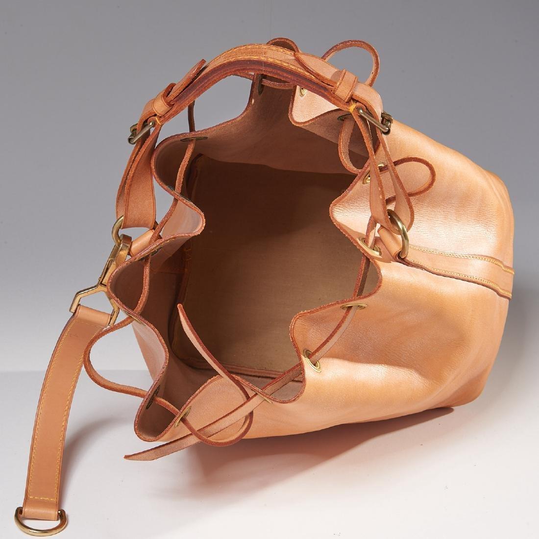 Louis Vuitton all leather drawstring handbag - 7