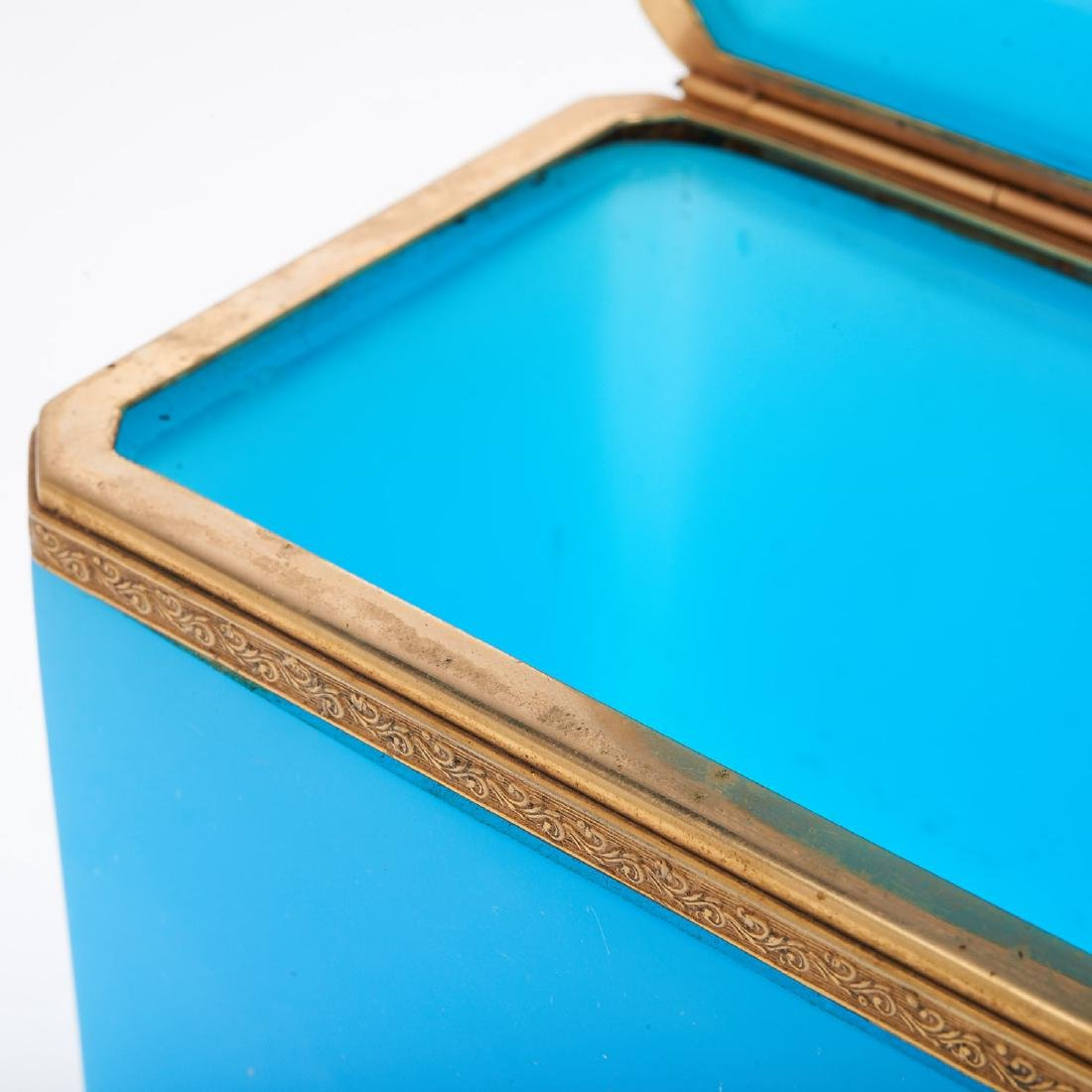 Antique French blue opaline glass box - 4