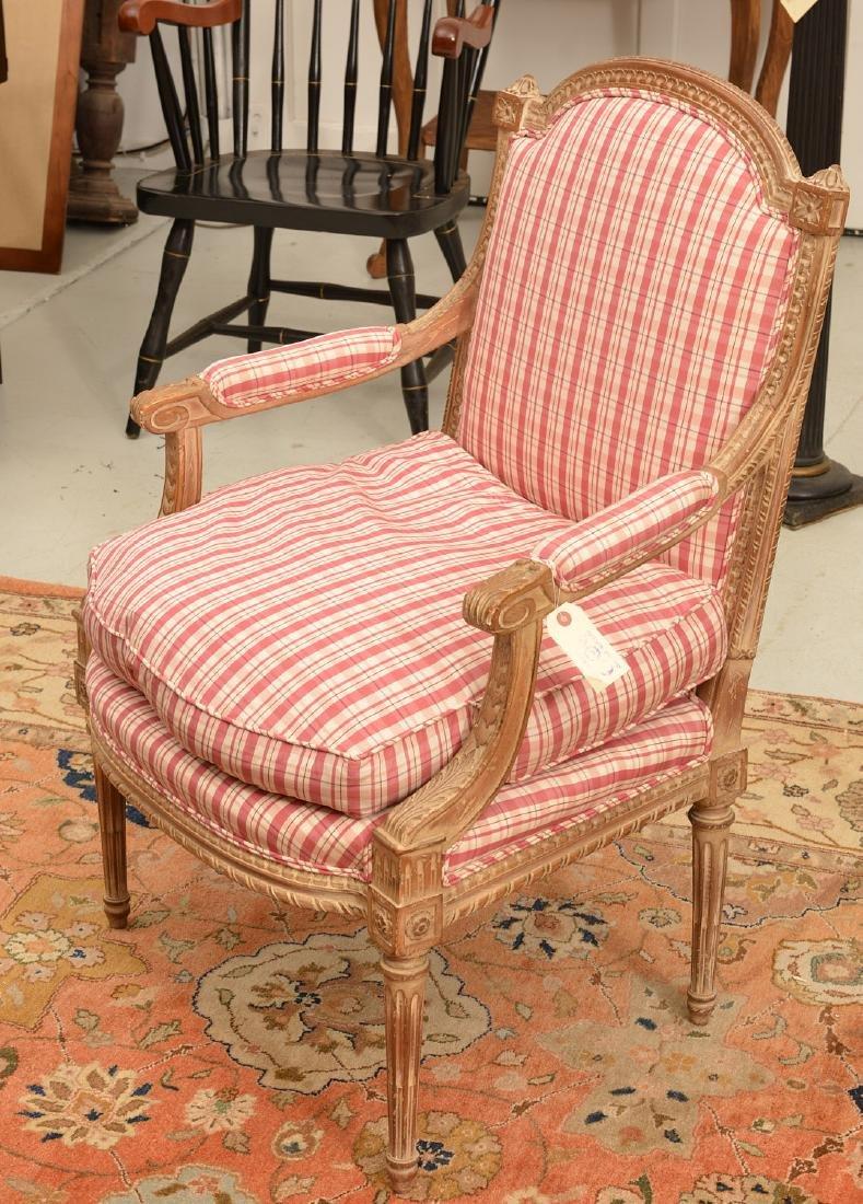 Louis XVI style painted fauteuil a la reine - 2