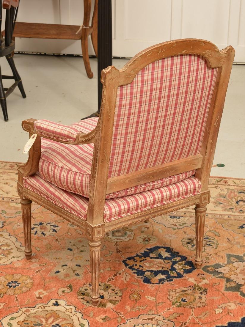 Louis XVI style painted fauteuil a la reine - 3