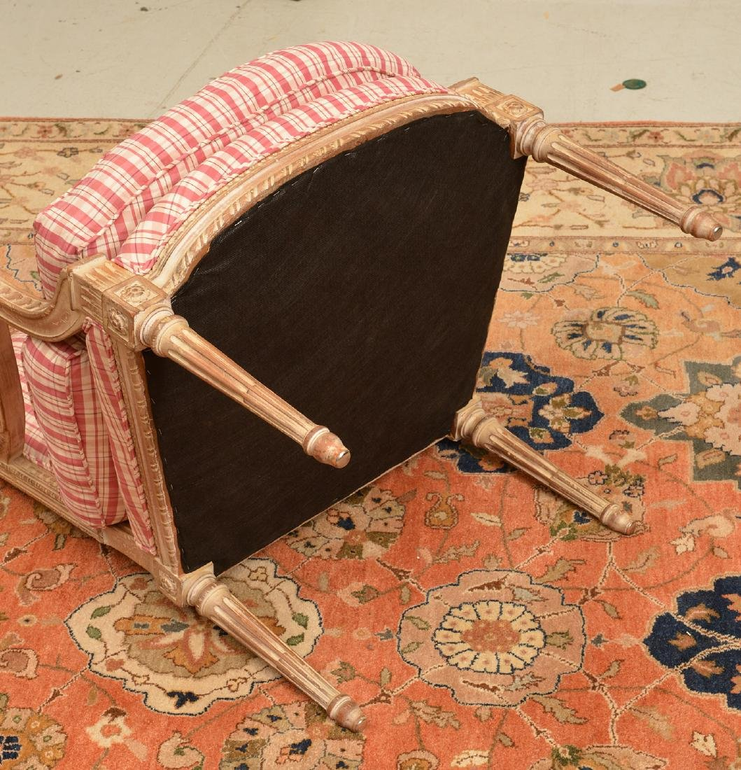 Louis XVI style painted fauteuil a la reine - 4