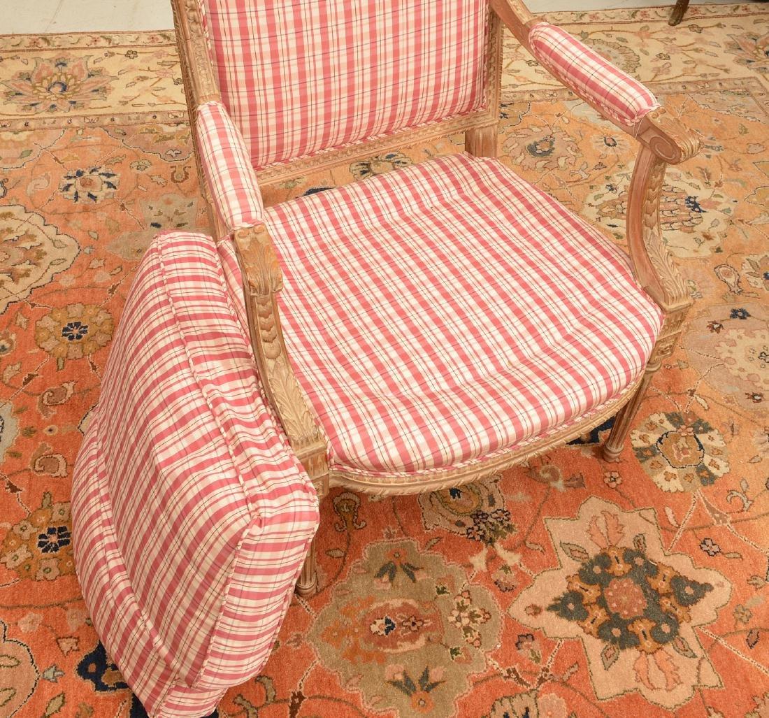 Louis XVI style painted fauteuil a la reine - 5