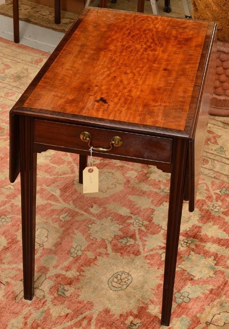 Chippendale style banded drop leaf table - 2