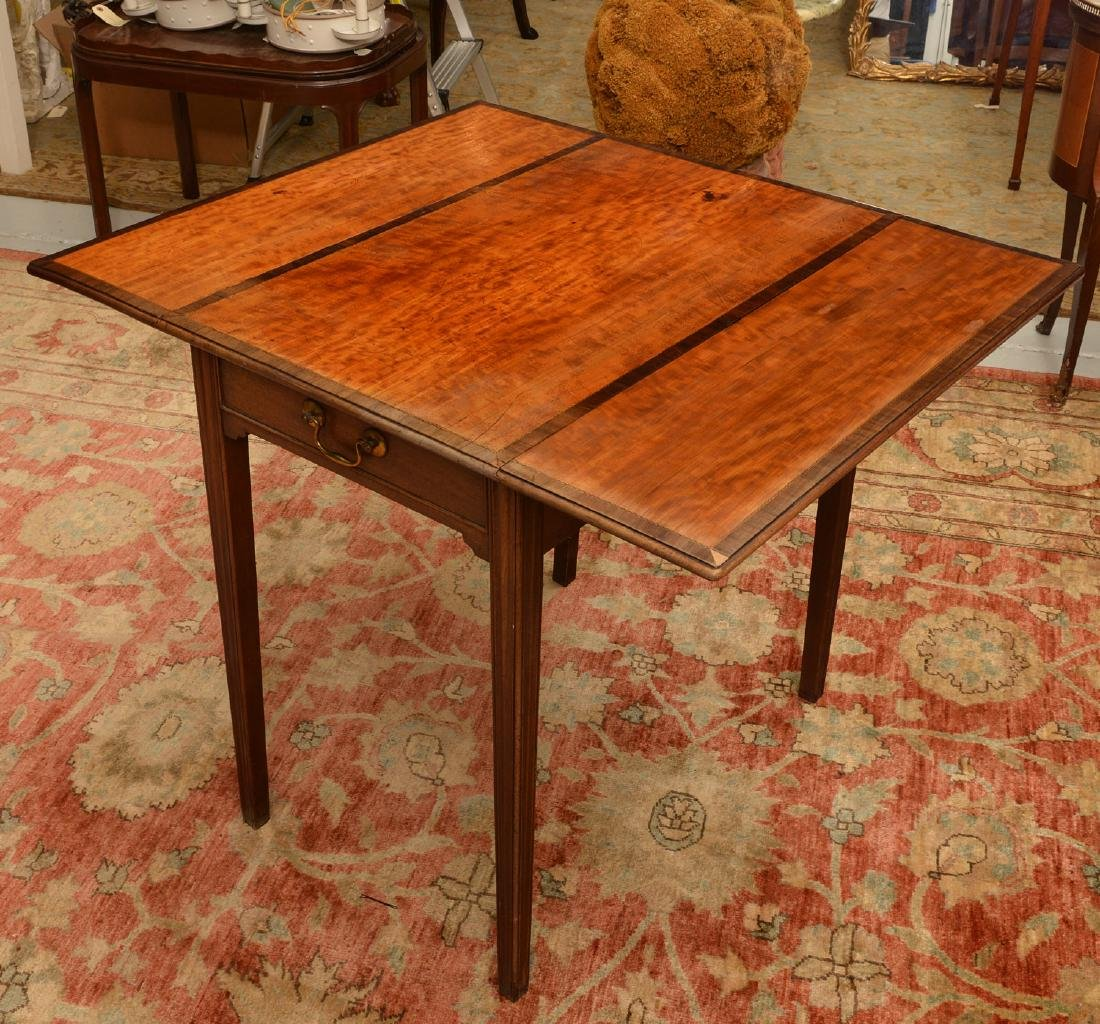 Chippendale style banded drop leaf table - 5