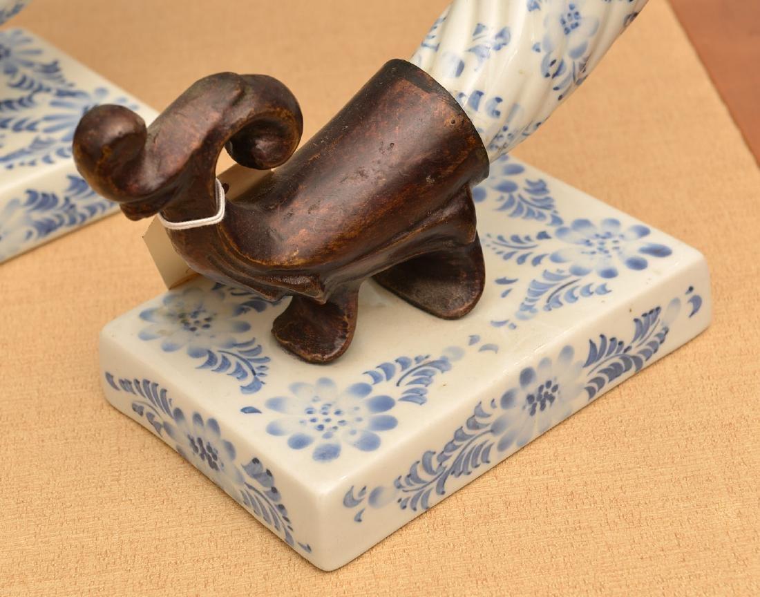 Maitland-Smith, (4) blue and white porcelains - 3