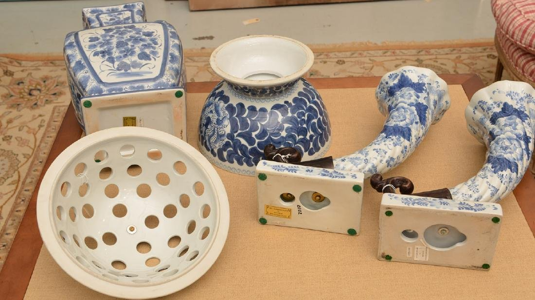Maitland-Smith, (4) blue and white porcelains - 6