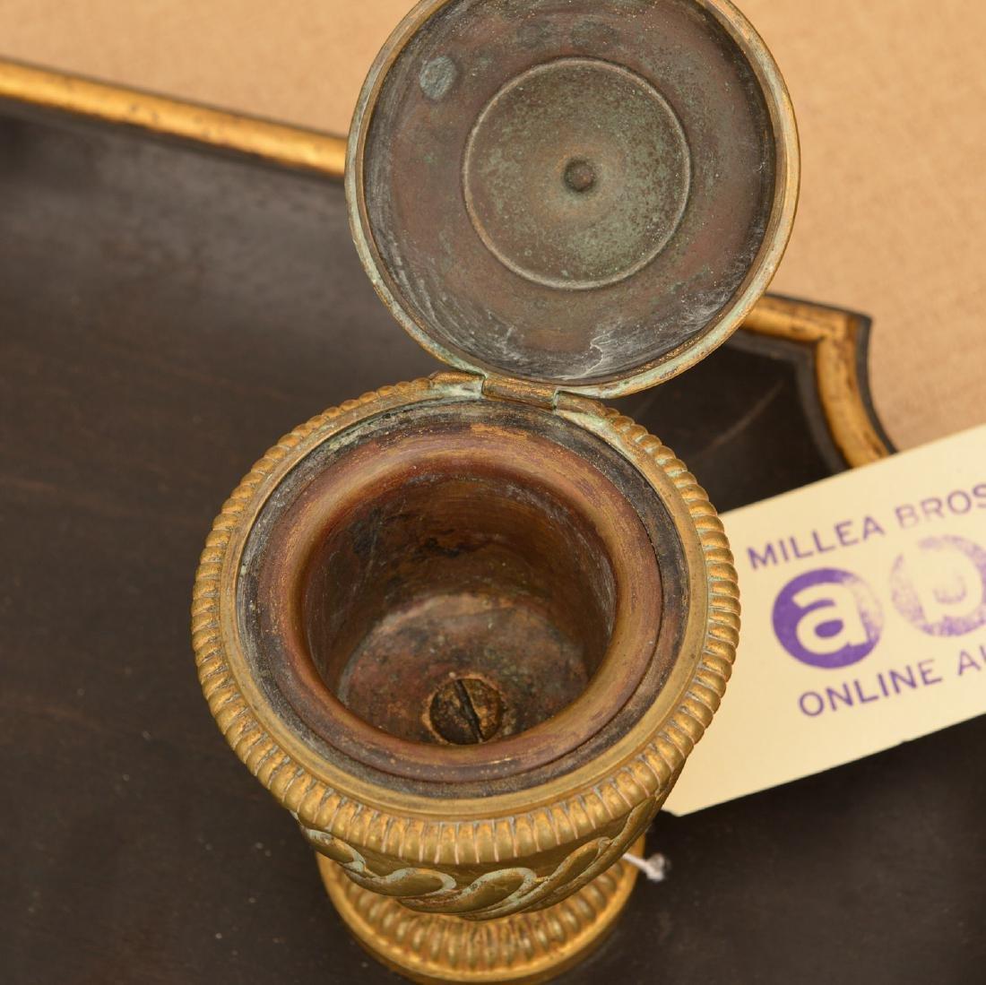 Louis XVI style bronze and ebony inkwell - 3