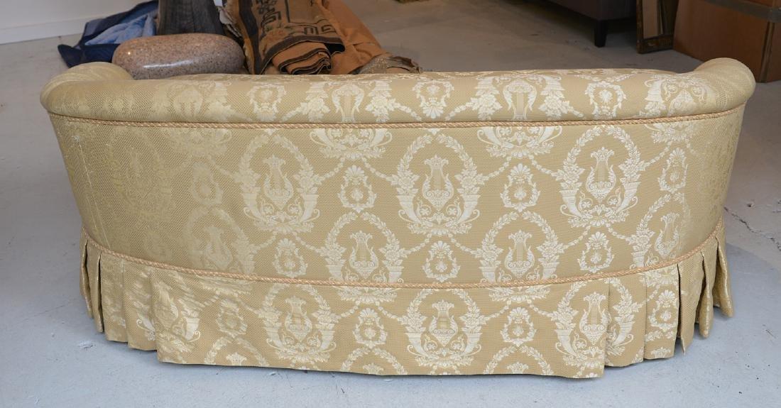 O. Henry House damask upholstered sofa - 3