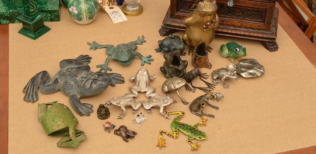 Instant collection (15+) metalware frogs