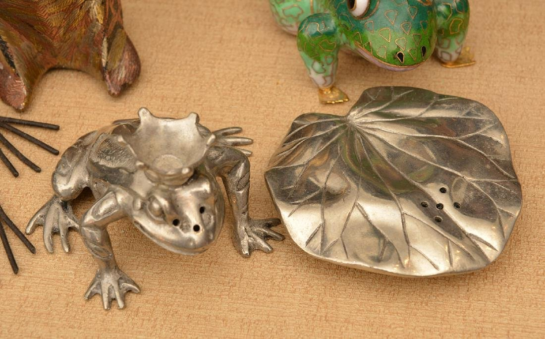 Instant collection (15+) metalware frogs - 3