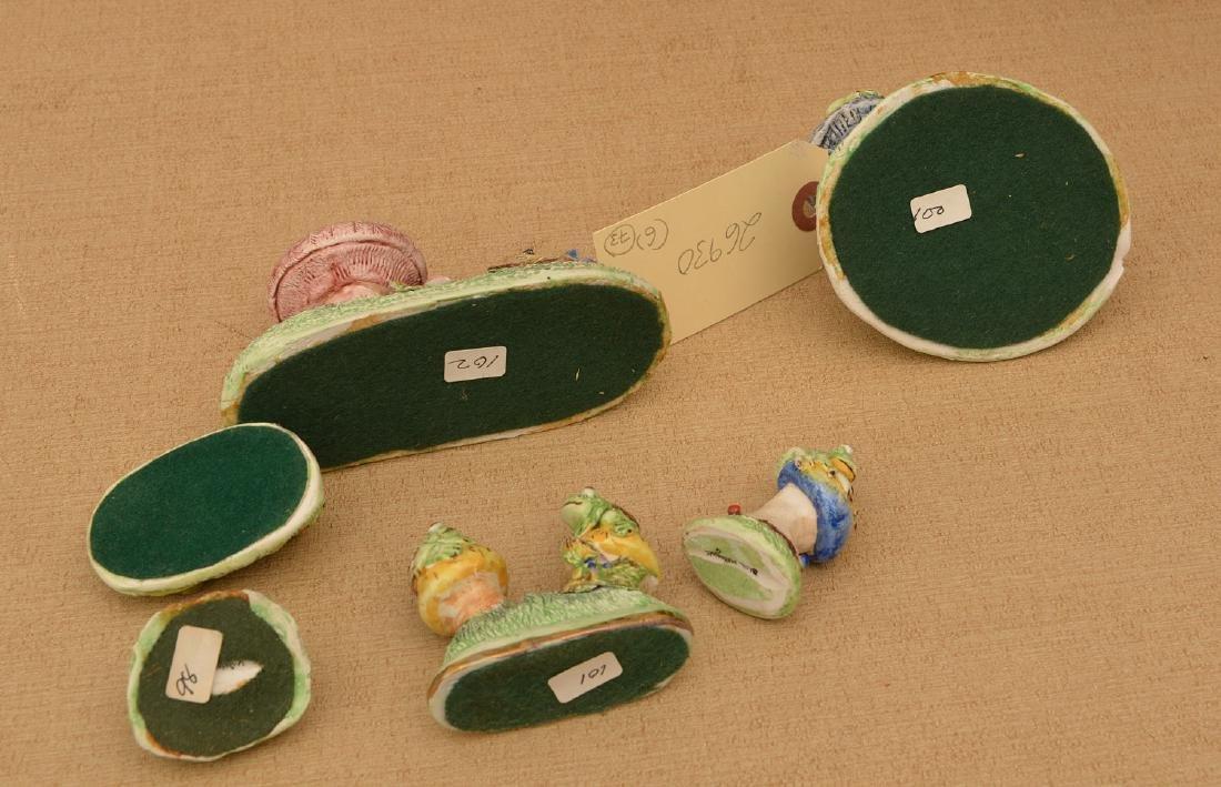 (6) Basil Matthews miniature porcelain frogs - 5