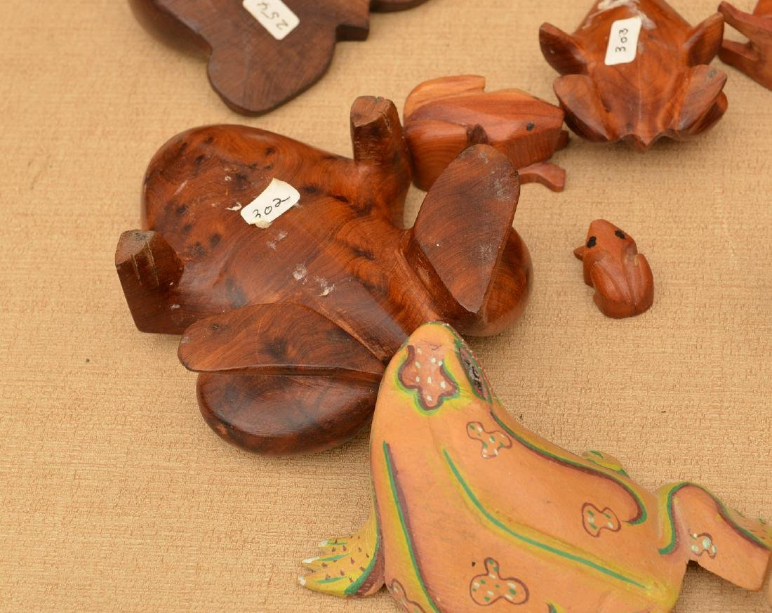 Instant collection (20+) carved wood frogs - 5