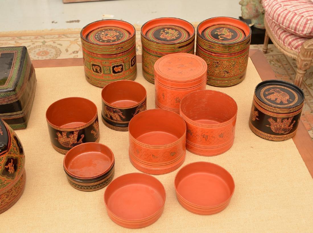 (11) pieces Tibetan lacquerware - 4