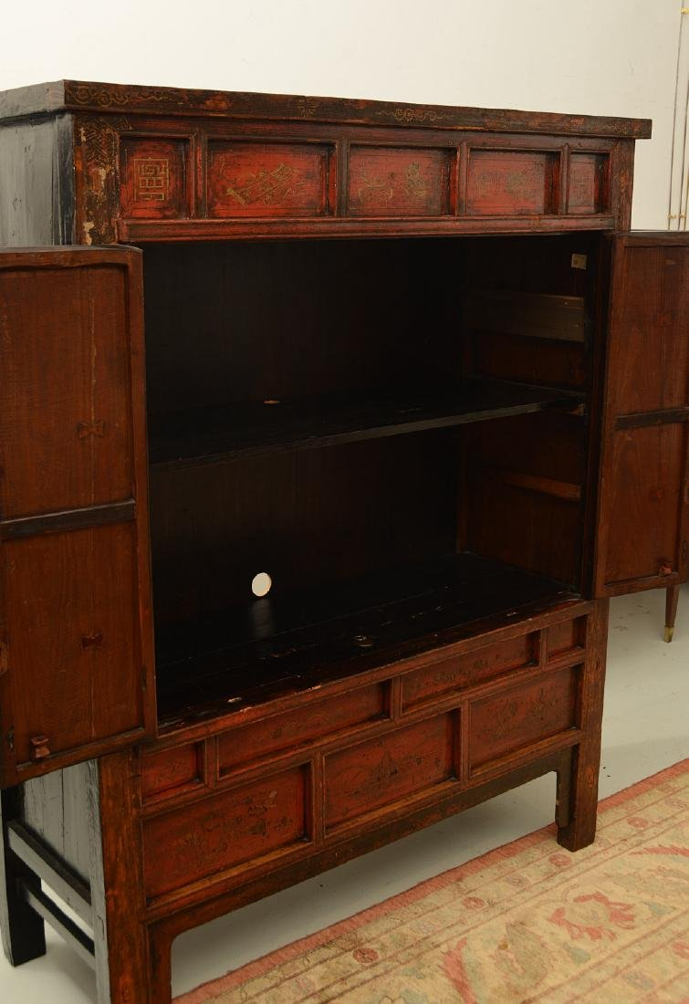 Chinese parcel gilt red lacquer cabinet - 6
