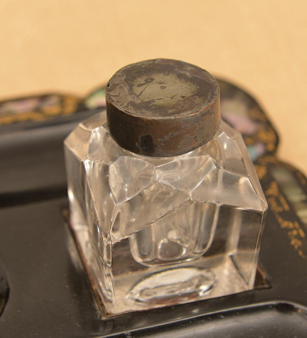 Victorian papier mache, mother-of-pearl inkwell - 3