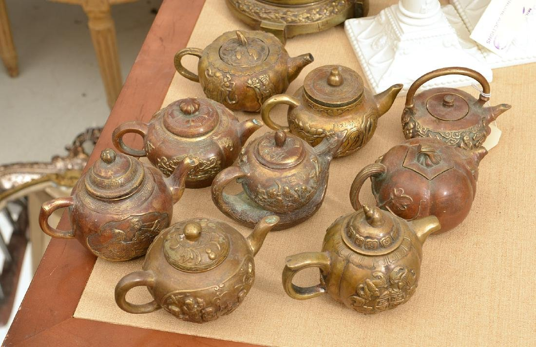Collection (9) Chinese bronze teapots