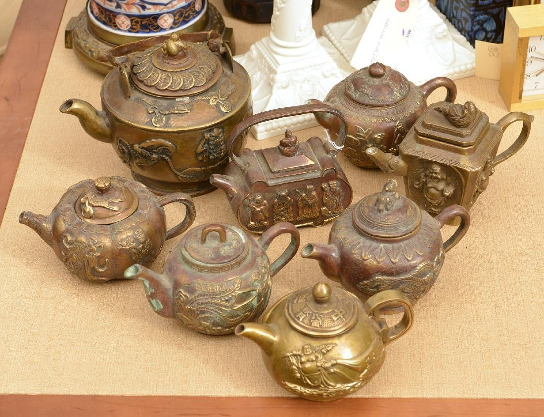 Collection (8) Chinese bronze teapots