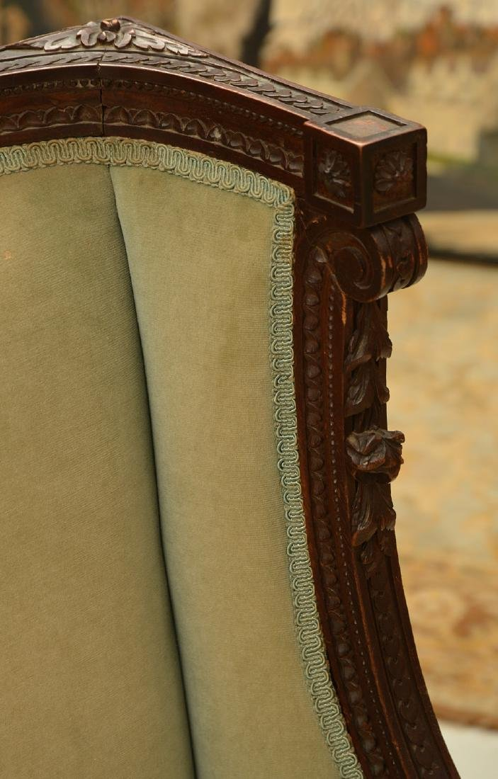 Richly carved French upholstered bergere - 2