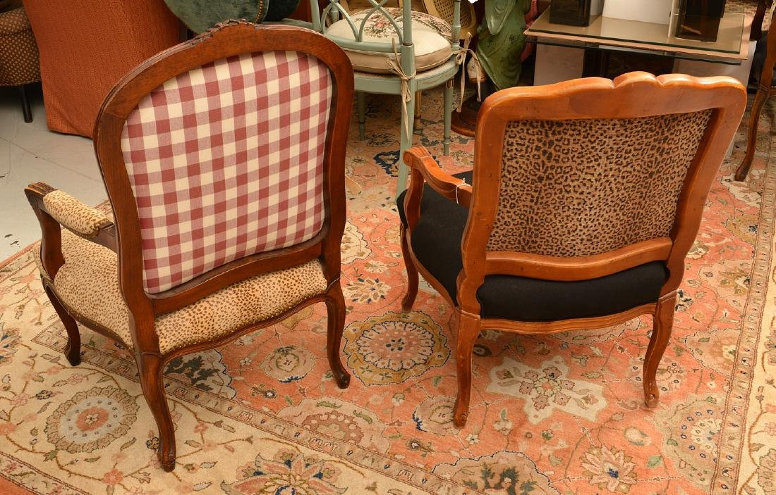 (2) Louis XV style armchairs with animal print - 4