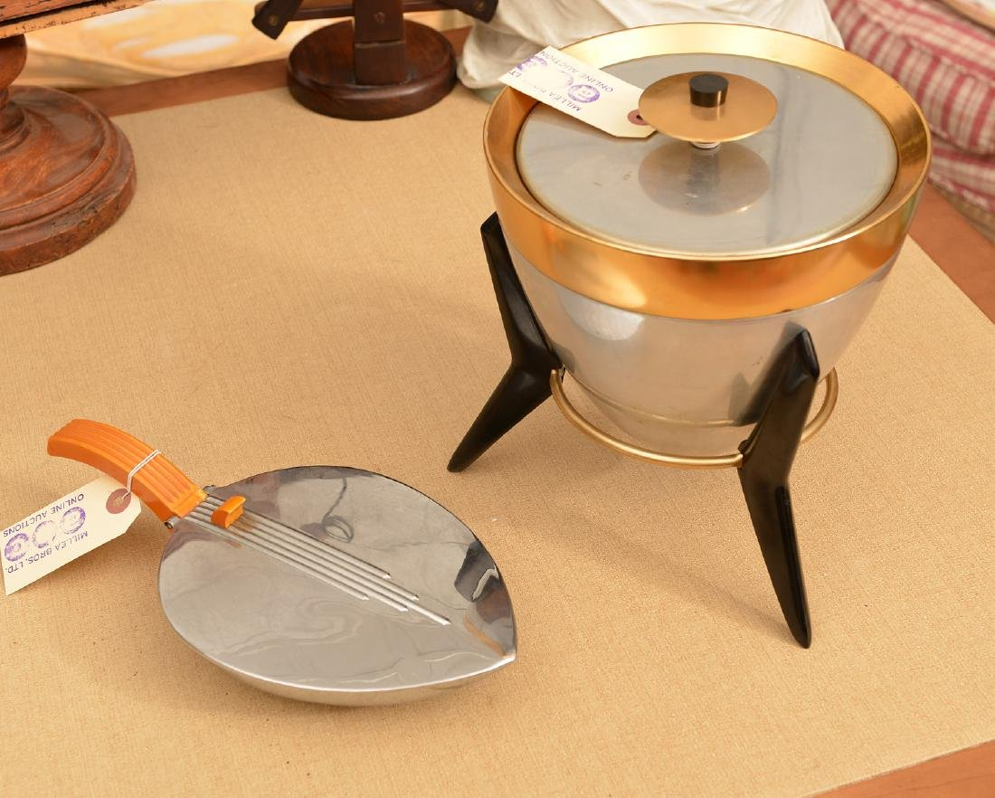 Atomic Age ice bucket and silent butler