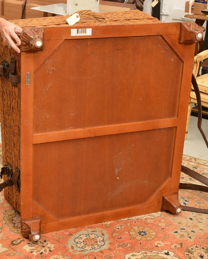 Ralph Lauren coachwork style wicker trunk table - 7