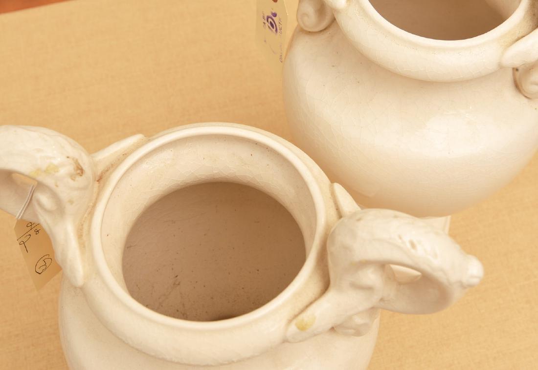 Pair Bordallo Pinheiro Portuguese pottery urns - 3