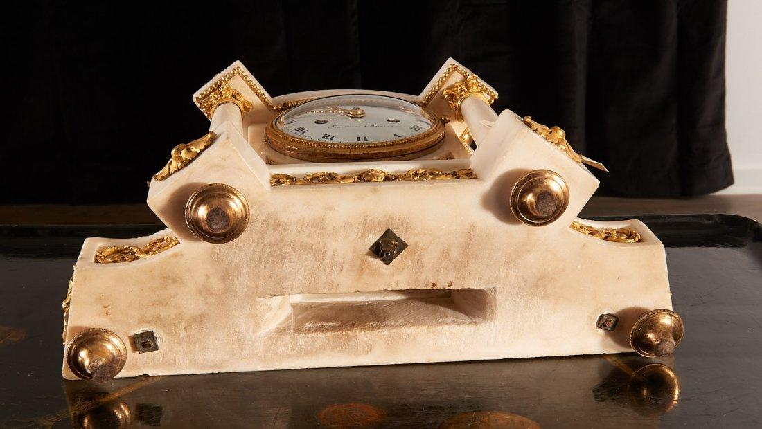 Louis XVI gilt bronze and marble mantel clock - 10