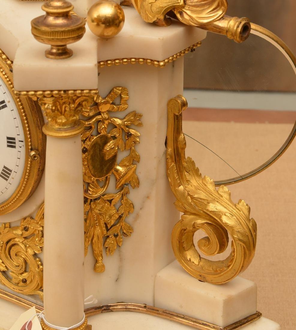 Louis XVI gilt bronze and marble mantel clock - 3