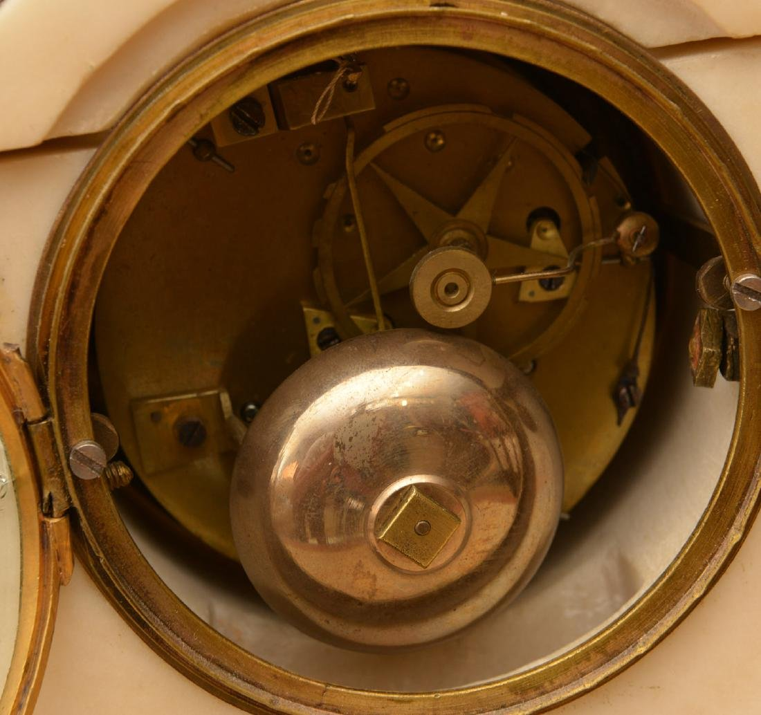 Louis XVI gilt bronze and marble mantel clock - 6