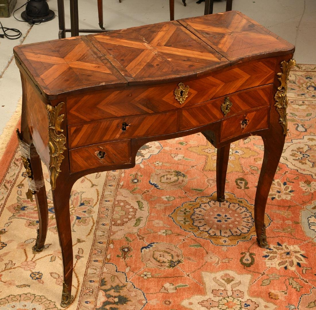 Louis XV style inlaid dressing table - 3