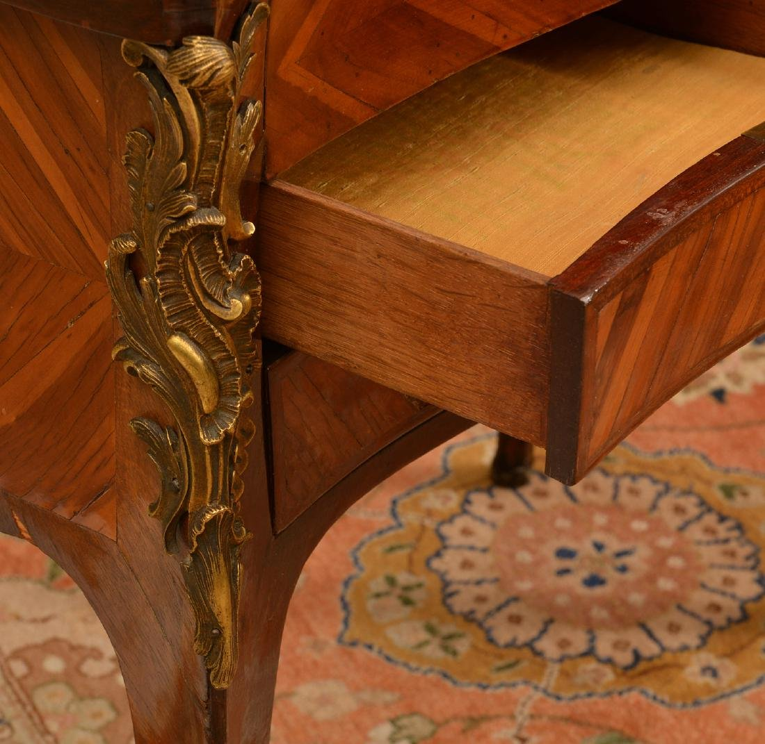 Louis XV style inlaid dressing table - 5