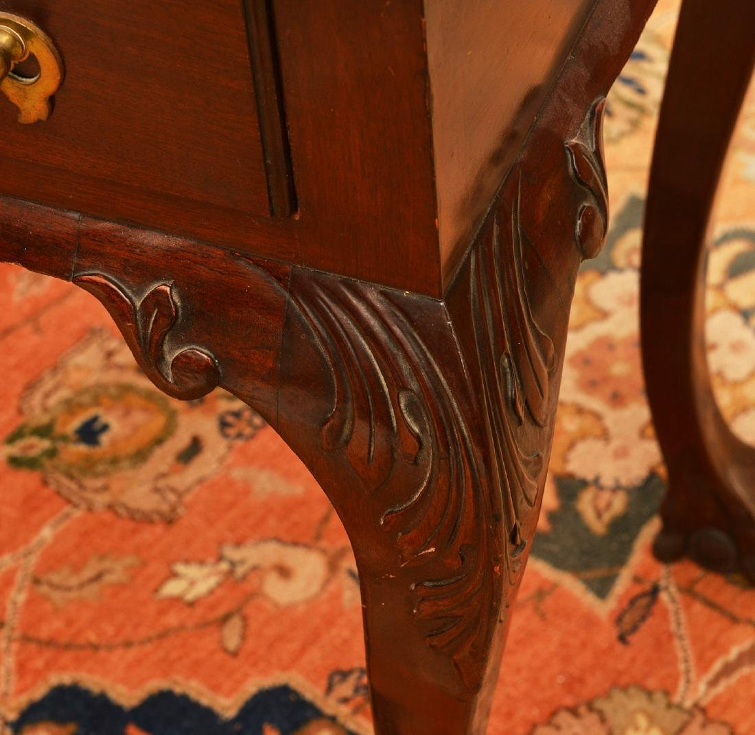 Antique Chippendale style mahogany side table - 3