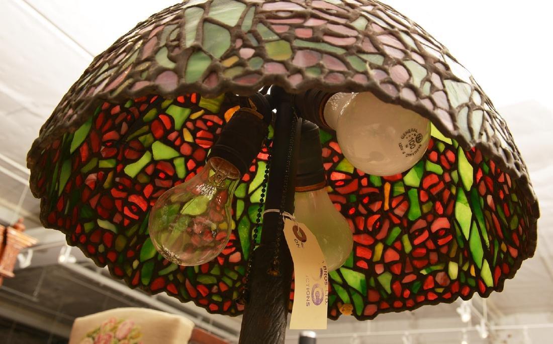 Tiffany Studios style leaded glass table lamp - 6
