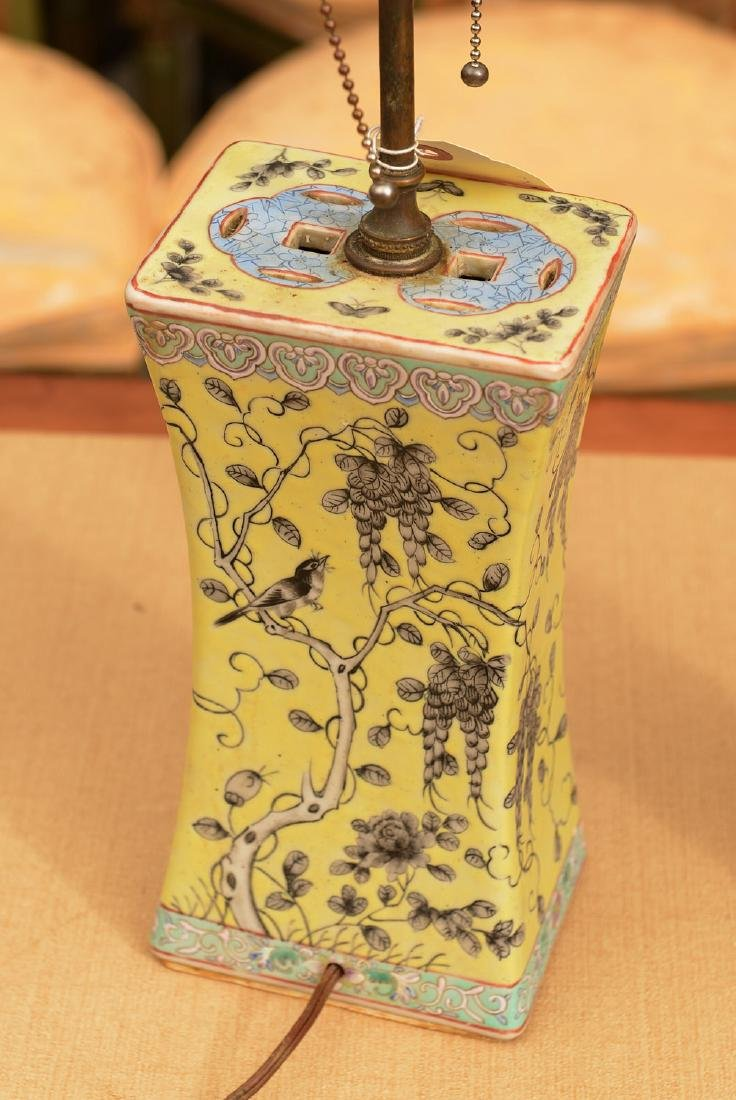 (2) Chinese Export porcelain lamps - 3