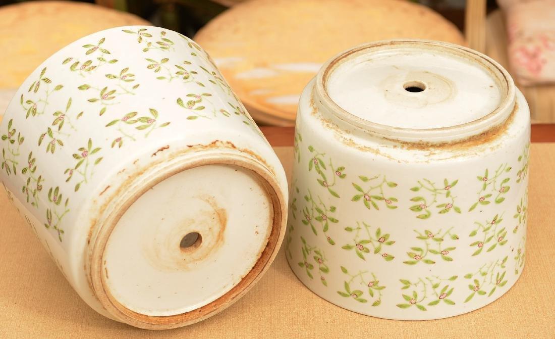 Pair Chinese Export porcelain jardinieres - 5