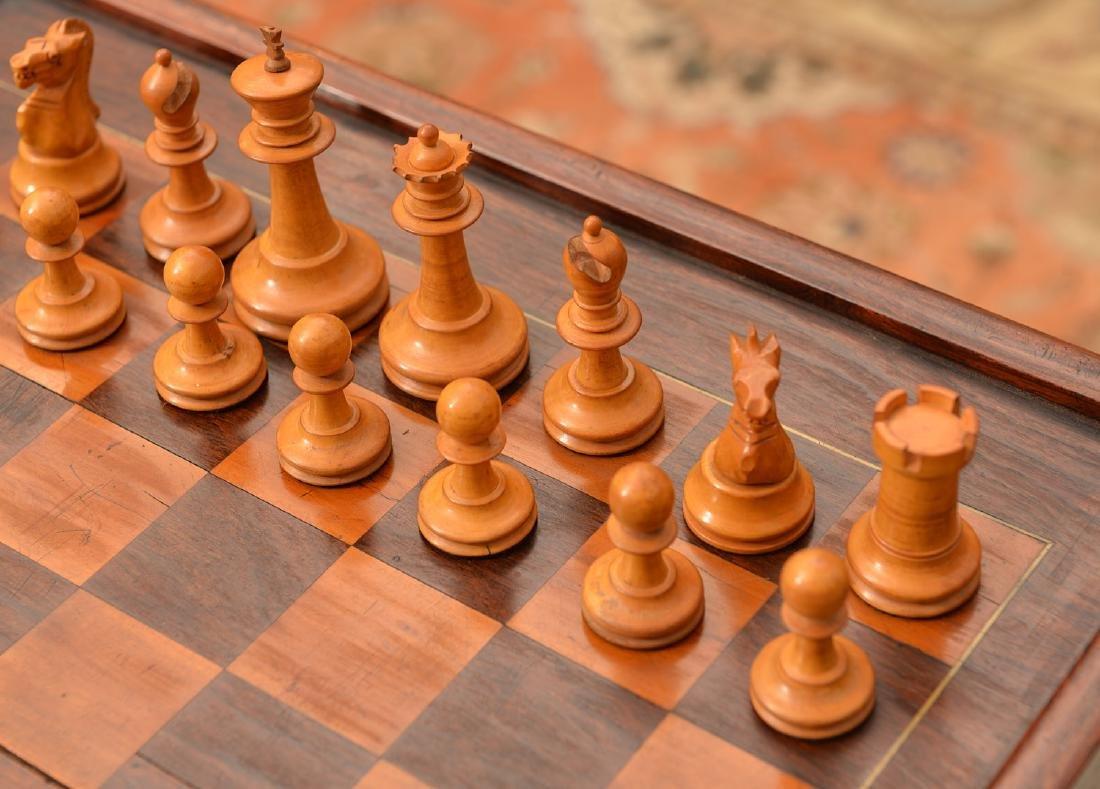 Staunton style chess set and Syrian case - 5