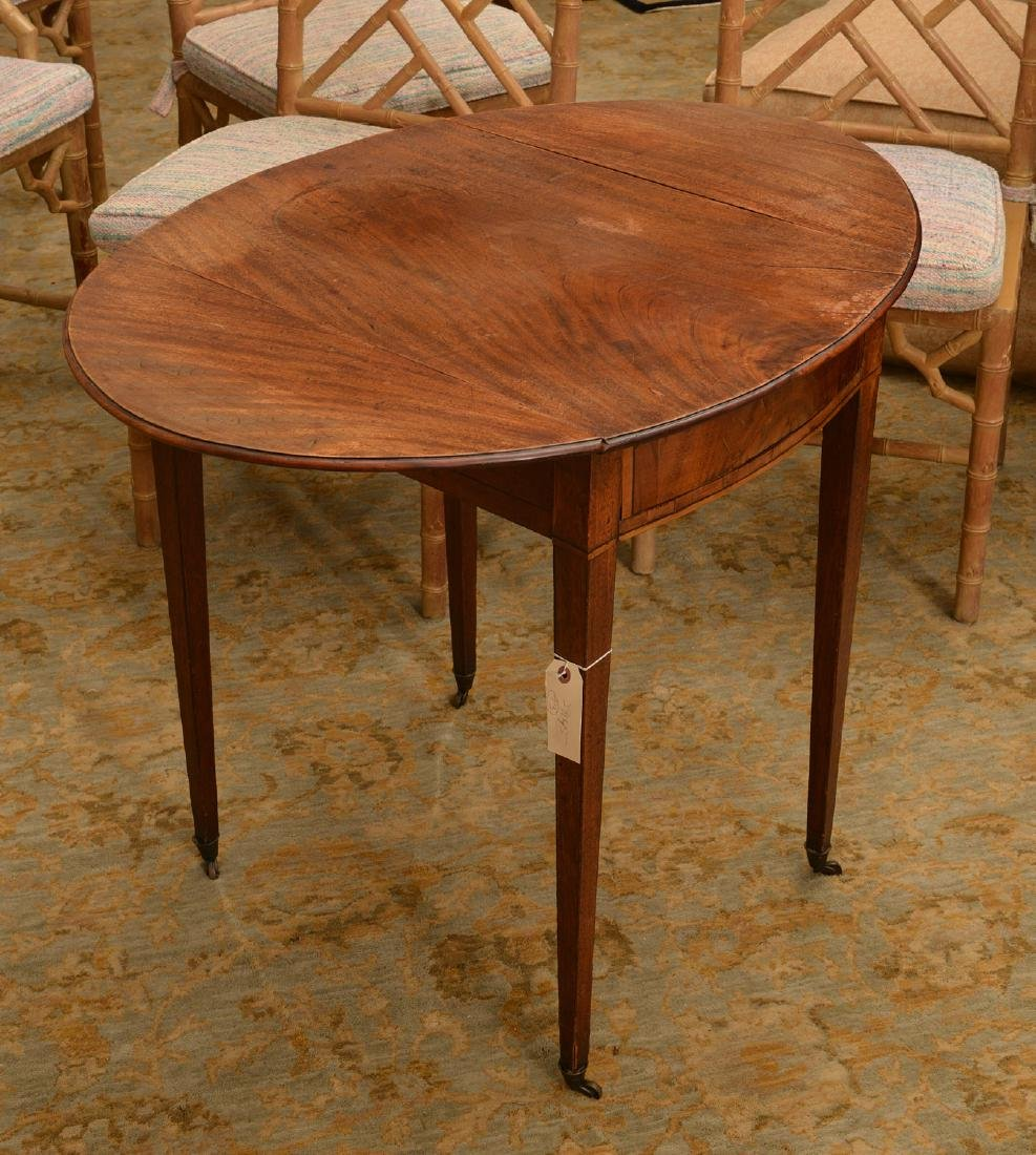 American Federal mahogany Pembroke table - 3