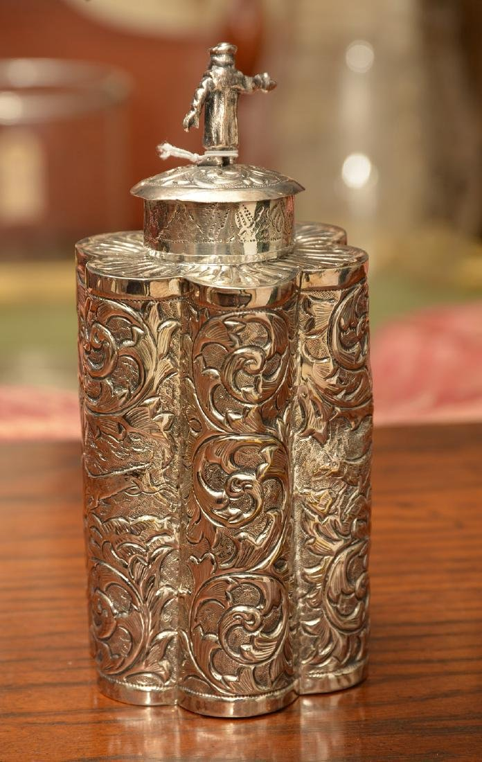 Continental repousse silver tea caddy - 3